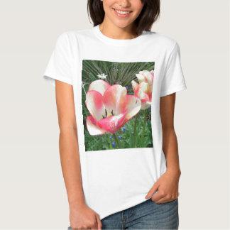 """""""Arte & fotografia de CricketDiane das tulipas T-shirt"""