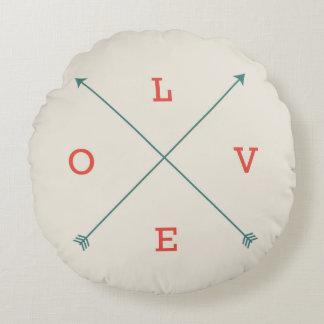 Arte moderna da tipografia da seta do amor almofada redonda