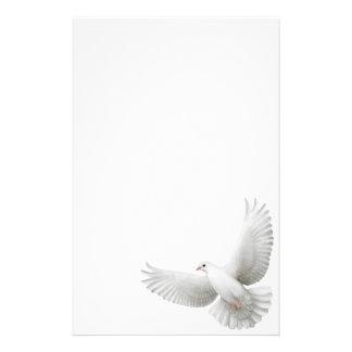 Artigos de papelaria brancos da pomba da paz