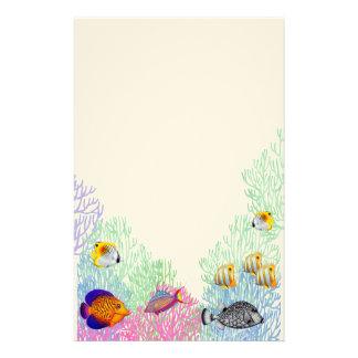 Artigos de papelaria coloridos da vida do recife
