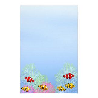 Artigos de papelaria coloridos de Clownfish do