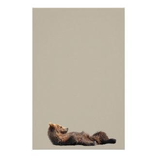 Artigos de papelaria com o filhote de urso bonito