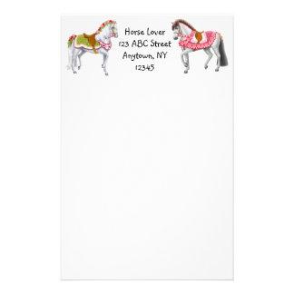 Artigos de papelaria customizáveis dos cavalos do
