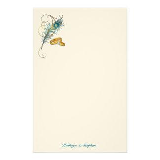 Artigos de papelaria do casamento do pavão