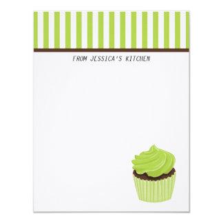 Artigos de papelaria do cupcake convites