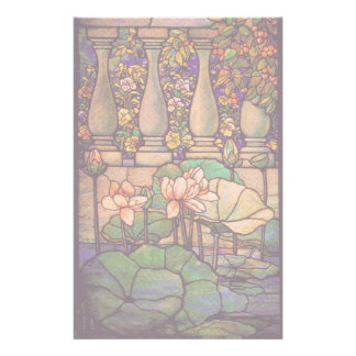 Artigos de papelaria do vitral de Tiffany