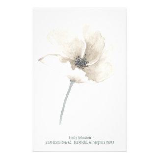 Artigos de papelaria personalizados da flor branca