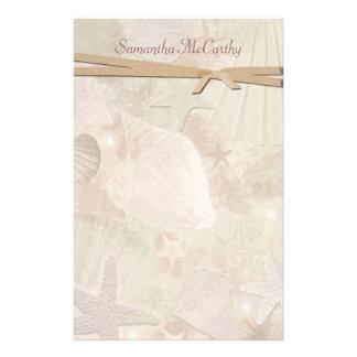 Artigos de papelaria pessoais do Seashell bonito