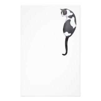 Artigos de papelaria pretos brancos do gato do s