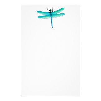Artigos de papelaria verdes da libélula