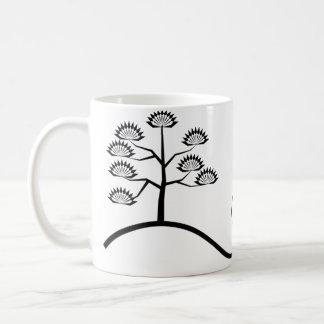 Árvore com a caneca preta básica do design das