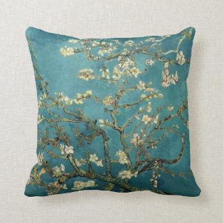 Árvore de amêndoa de florescência - Van Gogh Almofada