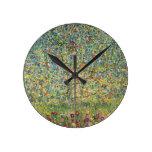 Árvore de Apple por Gustavo Klimt, arte Nouveau do Relógios Para Paredes