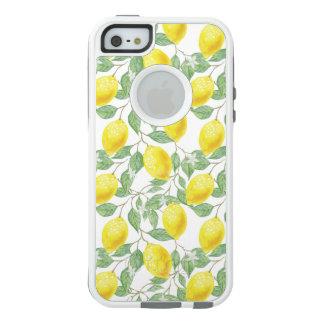 Árvore de limão frutificando