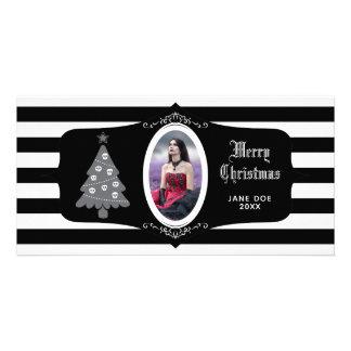 Árvore de Natal gótico com cartão com fotos do