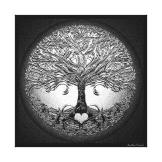 Árvore de prata com coração impressão em canvas