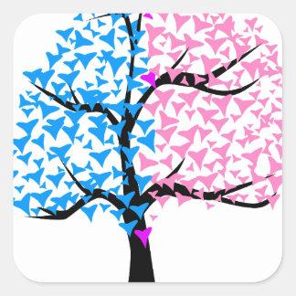 Árvore dos corações da menina do menino adesivo quadrado