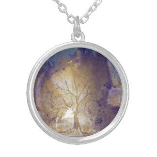 Árvore dourada - pendente da colar