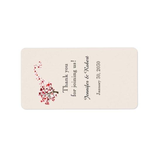 Árvore vermelha do coração na etiqueta do bálsamo etiqueta de endereço