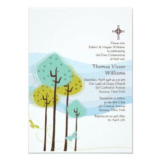 Árvores no convite religioso do prado
