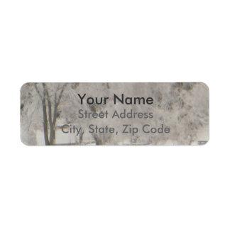 Árvores prateadas etiqueta endereço de retorno