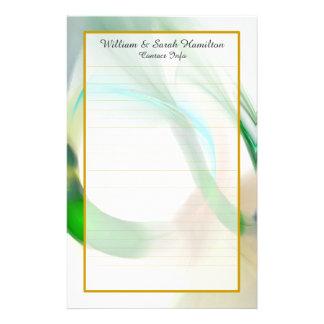 As alianças de casamento verdes do monograma papelaria