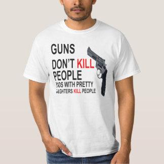 As armas não matam, pais com filhas fazem t-shirt