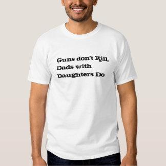 As armas não matam, pais com filhas fazem tshirt