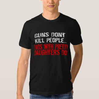 As armas não matam pessoas, pai engraçado/filha t-shirts