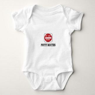 as bocas do potty não entram body para bebê