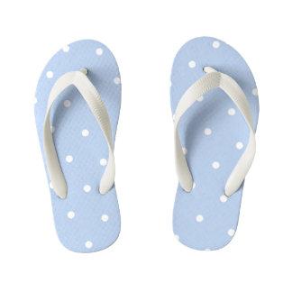As bolinhas azuis pálido caçoam chinelos