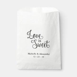 As bolsas do favor do casamento - o amor é doce sacolinha