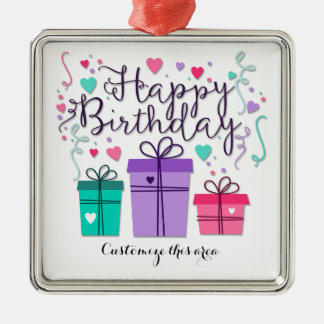 As caixas de presente do feliz aniversario no ornamento quadrado cor prata