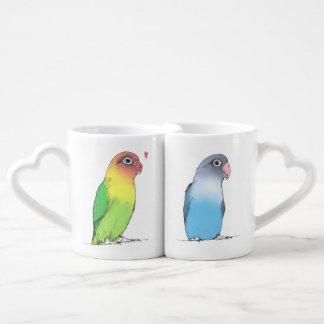 As canecas dos casais dos Lovebirds | bonito e
