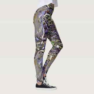 As caneleiras das mulheres do esquilo à terra dos leggings