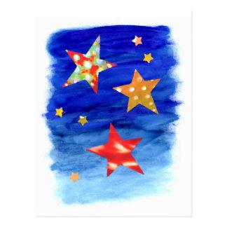 As estrelas no cartão brilhante do céu