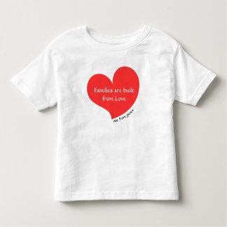As famílias são construídas do amor… Não dos genes Camiseta Infantil