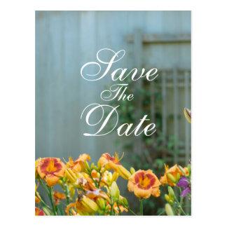 As flores amarelas rústicas salvar a data cartão postal