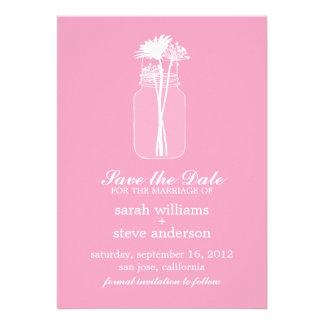 As flores no casamento do frasco de pedreiro do vi convites personalizados