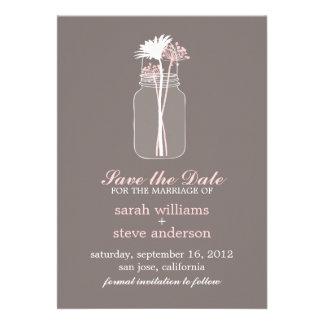 As flores no casamento do frasco de pedreiro do vi convite personalizados