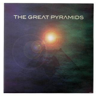 As grandes pirâmides azulejo quadrado grande