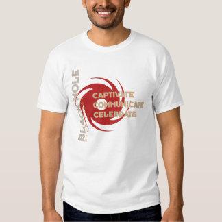 """As gravações traseiras do furo """"comemoram"""" o T Camisetas"""