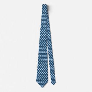As gravatas dos homens brancos azuis marroquinos