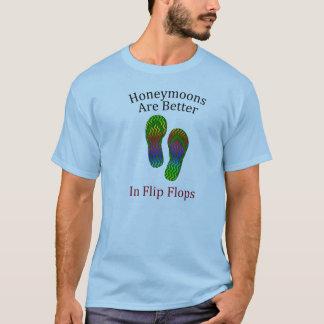 As luas de mel são melhores nos chinelos camiseta