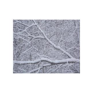 As madeiras nevado do inverno impressão em canvas