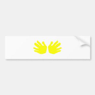 As mãos amarelam os presentes de Zazzle do MUSEU Adesivo Para Carro