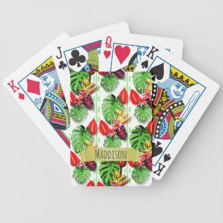 As meninas adolescentes das mulheres baralhos para pôquer