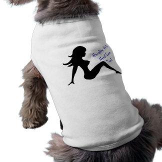 As meninas impertinentes precisam o amor demasiado camisa sem mangas para cachorro