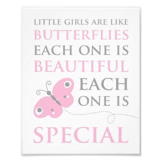As meninas são como o impressão cor-de-rosa da foto