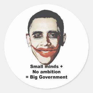 As mentes pequenas mais nenhuma ambição igualam o adesivos em formato redondos